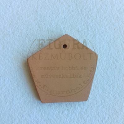 Kerámia medál ötszög 45*50mm