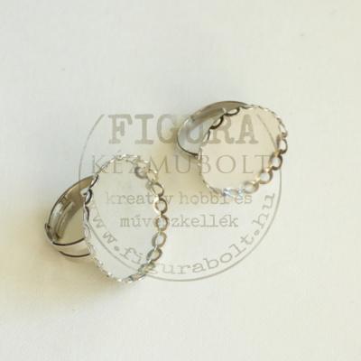 Gyűrű alap, ezüst színű, állítható 4mm széles szár, 20mm csipkés foglalat