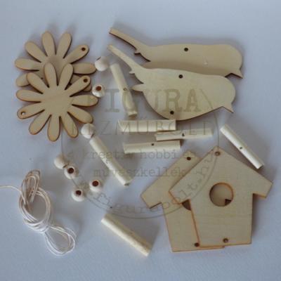 Kreatív egységcsomag: Fa girland (füzér) madaras 6*6-7cm figura + gyöngyök