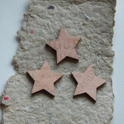 Fa csillag 5 ágú festett 30mm 3db/cs - GYÖNGYHÁZ ANTIKRÓZSA