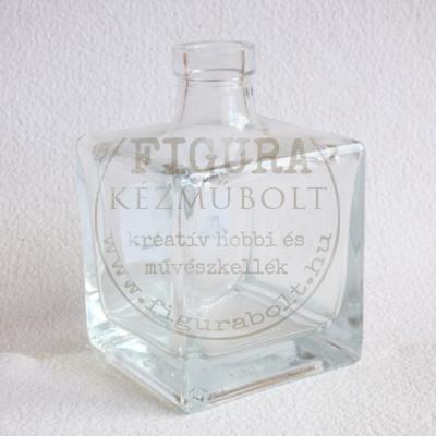 Üvegpalack kocka 7*7*11cm magas 250ml